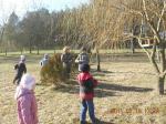Przedszkolaki na dworze
